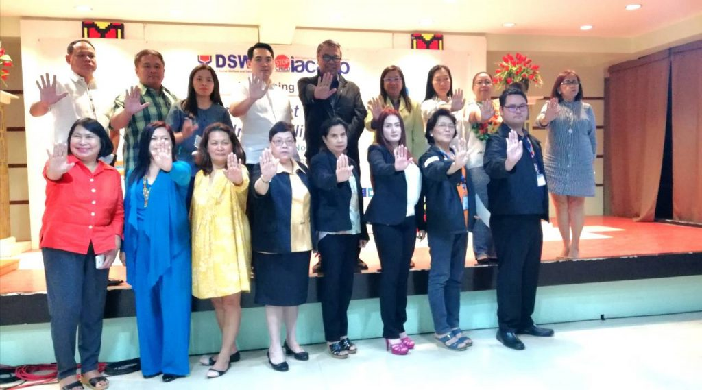 Assistant Secretary Carlos Mayorico Caliwara, NIGS Director Maria Teresa Garcia and other members of IACACP poses for a photo at the launch of Safer Internet Day for Children Philippines last February 13, 2018.