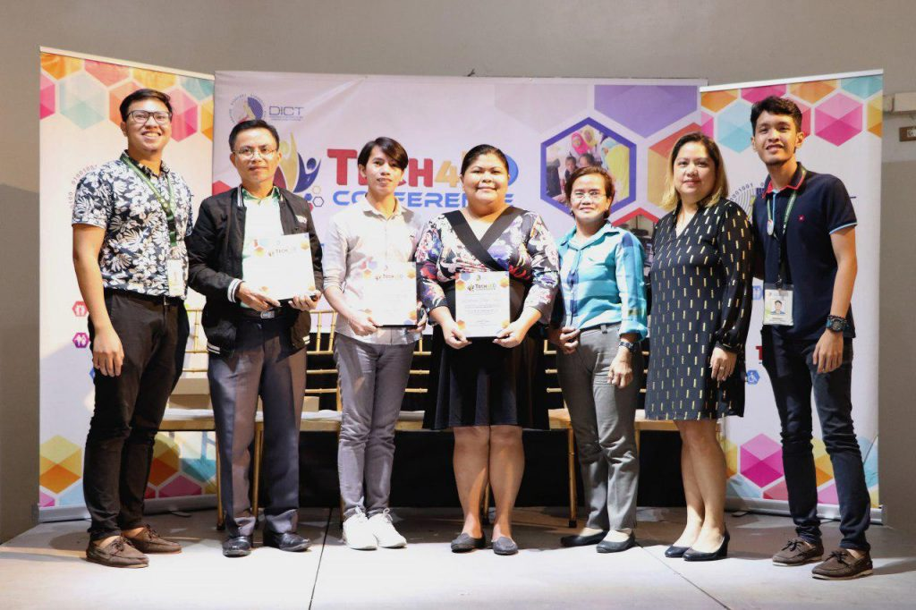 /DICT-awards-top-3-outstanding-Tech4ED-centers-in-NCR